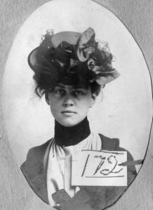 Theodora Huguenin, 1902